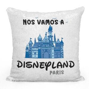 cojín personalizado nos vamos a Disneyland Paris azul